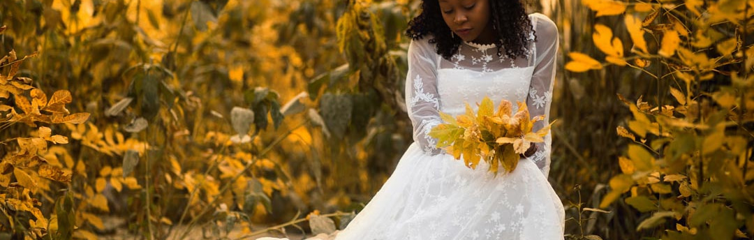 Autumn wedding may be a perfect choice