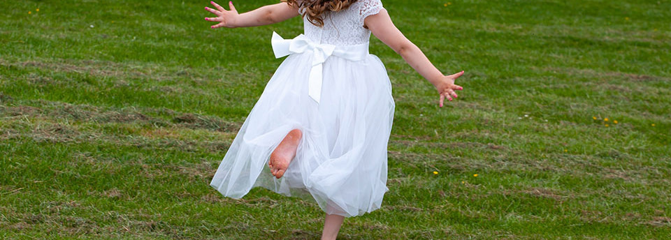 How to deal with kids in your wedding