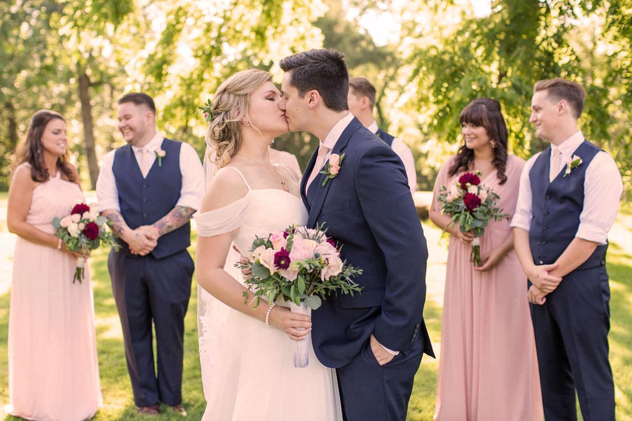 Групповая свадьба
